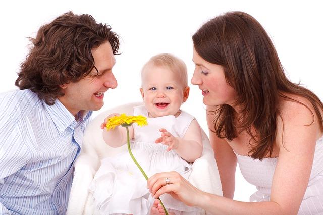 家族に黙って転職活動するつもり?転職するなら家族やパートナーと思いを共有しよう