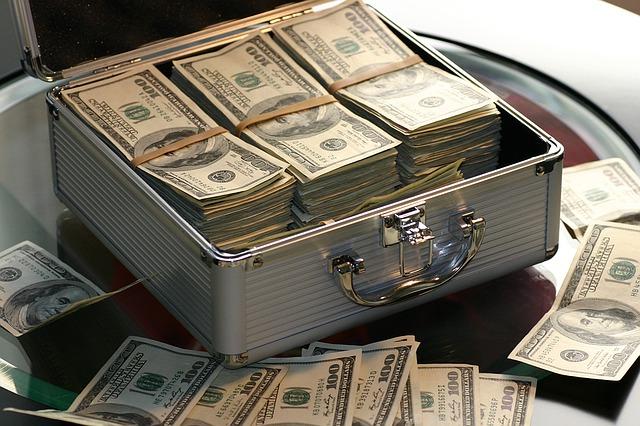 その退職ちょっと待った!転職期間中の必要資金は貯金してますか?